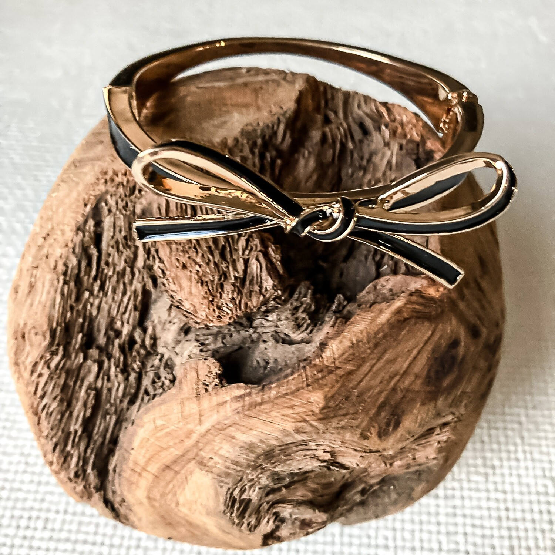Black Bow Bracelet