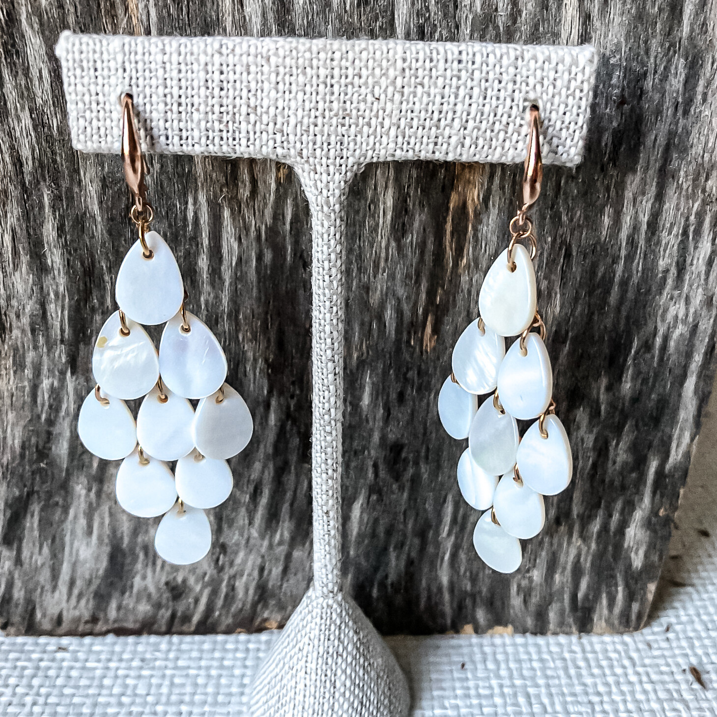 Mother of Pearl Dangle Gold Earring