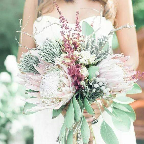 Wedding bouquets (Seasonal flowers)