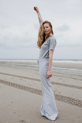 STRAIGHT-LEG TROUSERS IN LIGHT GREY