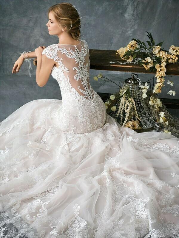 Kenneth Winston wedding dress 1783 size 16