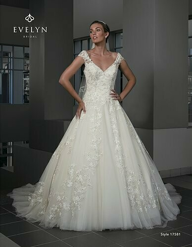 Evelyn Bridal 17581 size 22