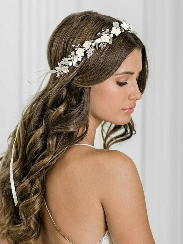 Bel Aire Bridal headpiece 6944