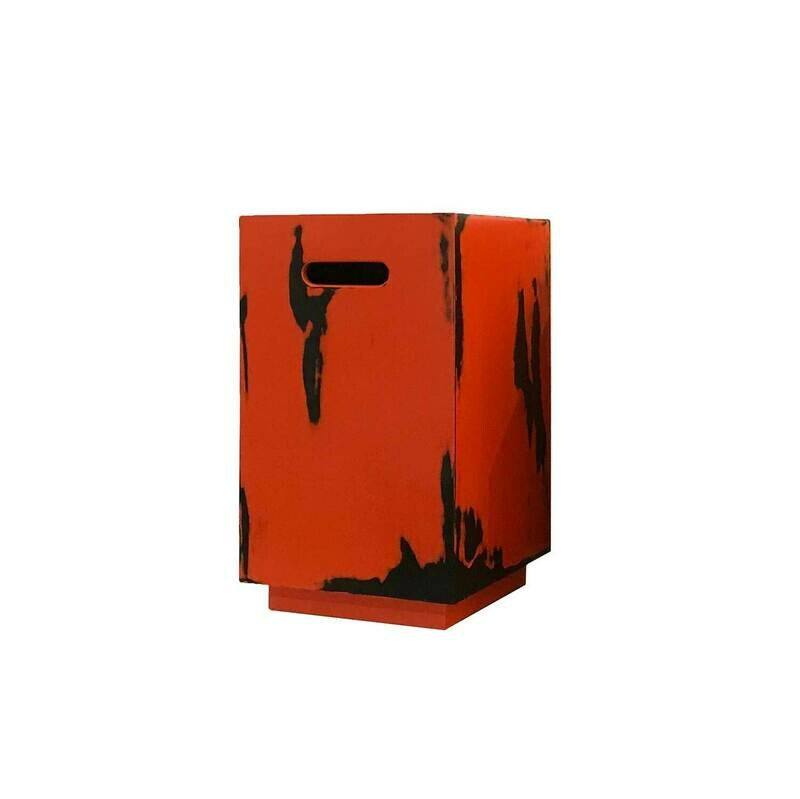 Tabouret in Red and Black Negoro Nuri
