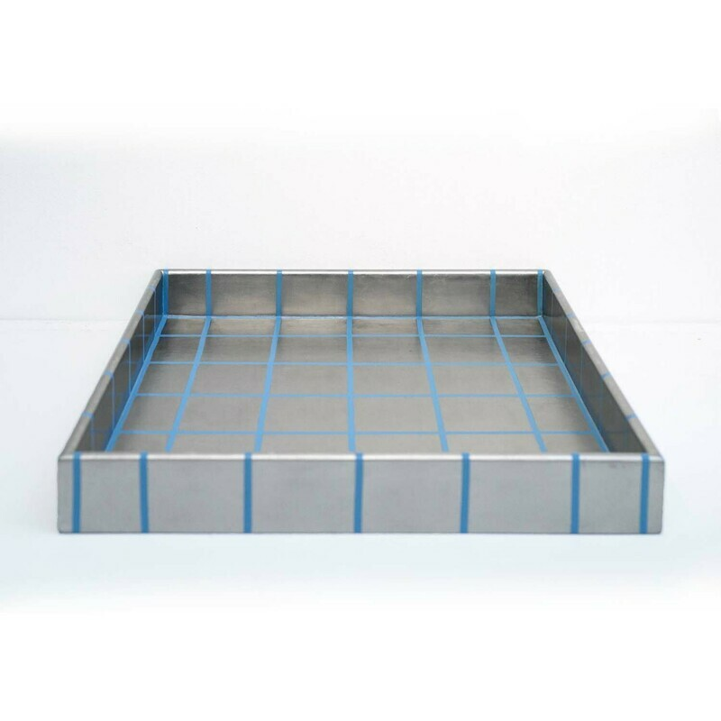 Gridded 20K White Gold Leaf Tray, Large