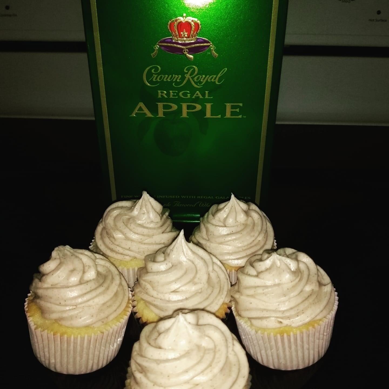 Crown Apple Cupcakes