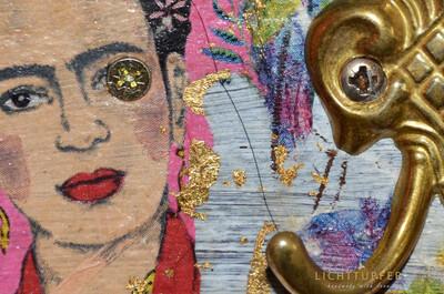 Frida Kahlo  Gold