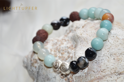 Apartes Edelsteinarmband with Snails Nuggets