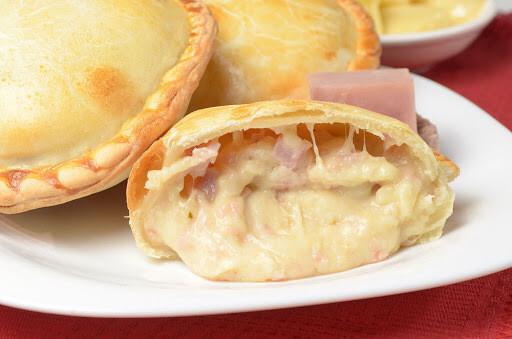Empanada de Jamon Y Queso (12 Unidades) Tamaño Boquita