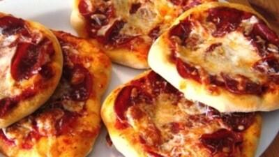 Pizza de Jamon Y Queso (12 Unidades) Tamaño Boquita