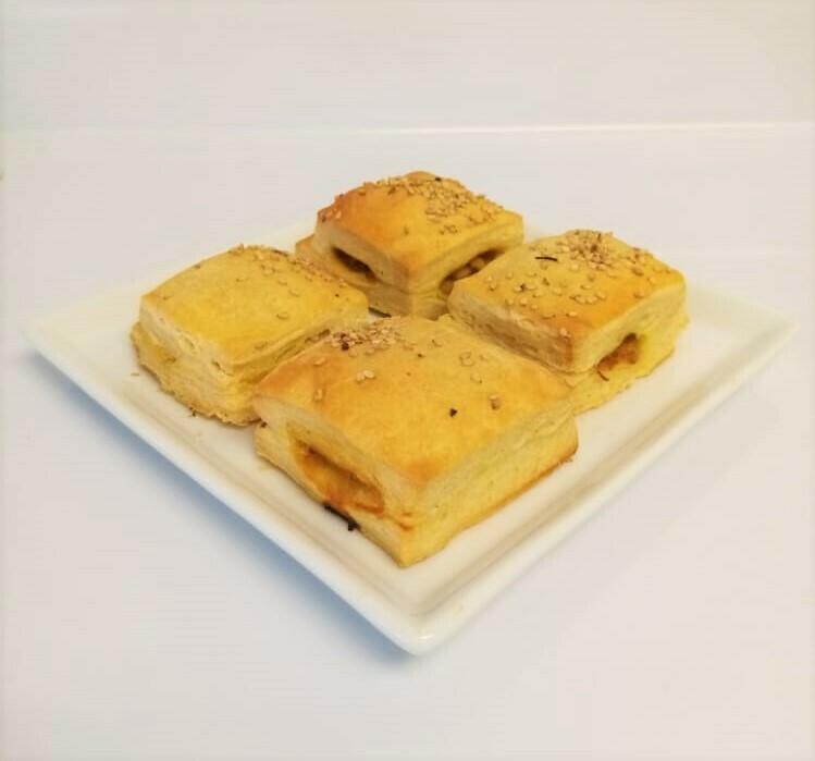 Empanada de Pollo Milhoja (12 Unidades) Tamaño Boquita