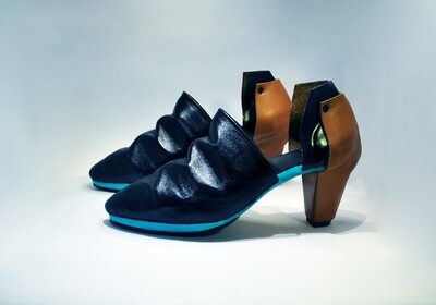 Kubista high heels.