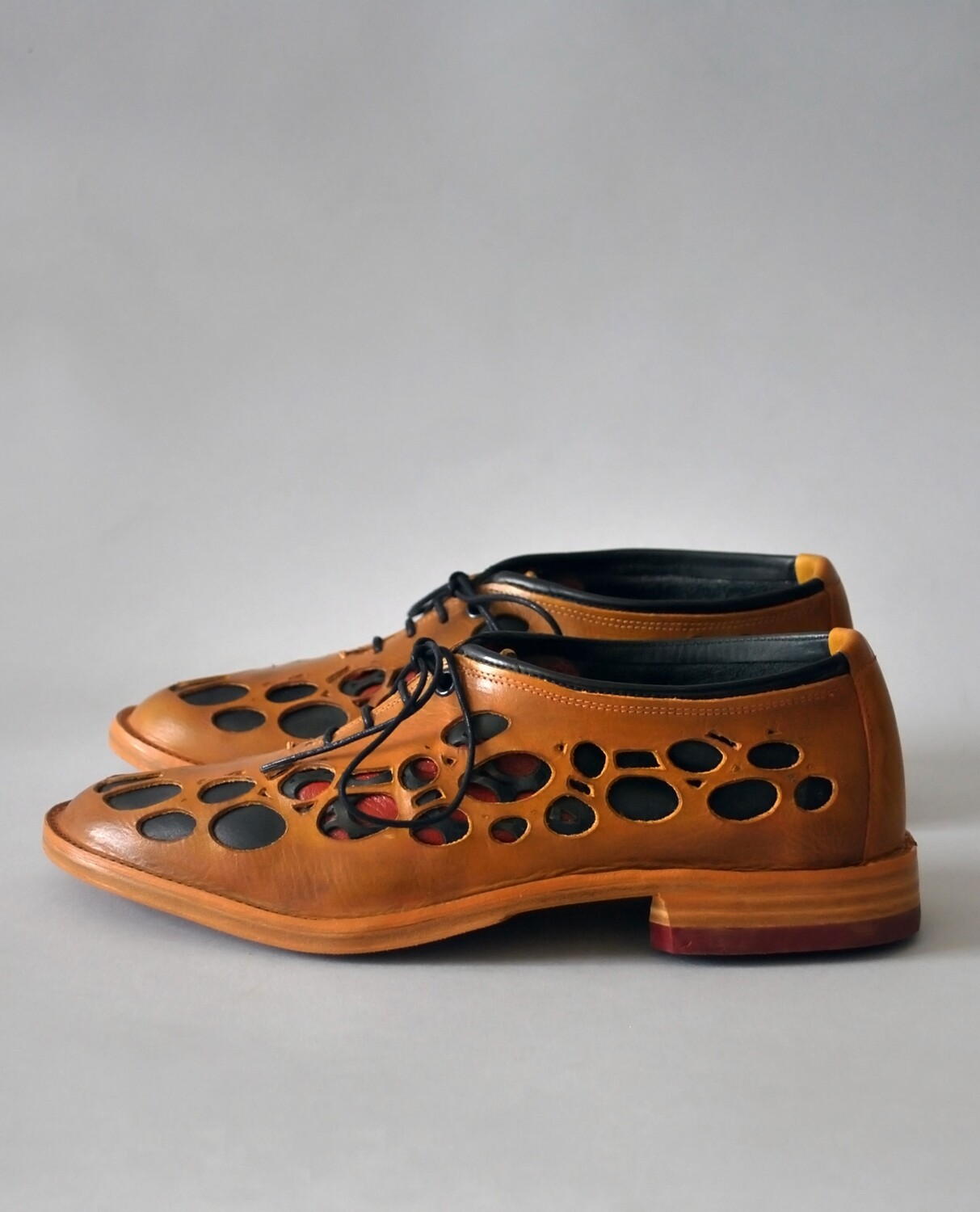 Natura shoes cognac