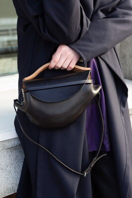 Orbit handbag / ledvinka