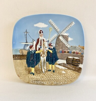 "John Beswick Collectors Plate-The Royal Doulton Group ""Christmas in Holland"""