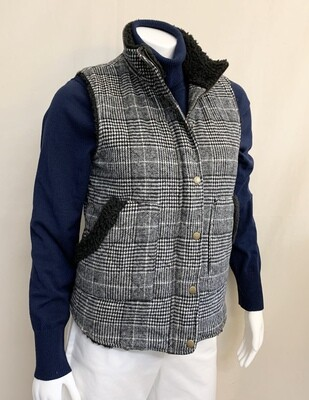 Miami Black and White Plaid Vest from Francesca's