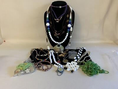 Jewelry Grab Bag of Fashion Necklaces