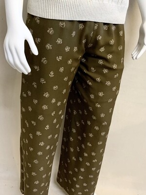 Woman's Ann Taylor Silk Pants.