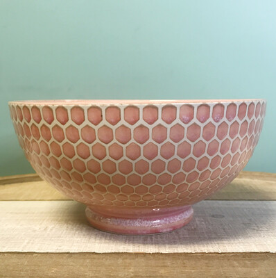 Bowl Serving Embossed Honeycomb Pink
