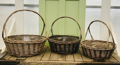 Round Stained Willow W/Handle and Liner-MED