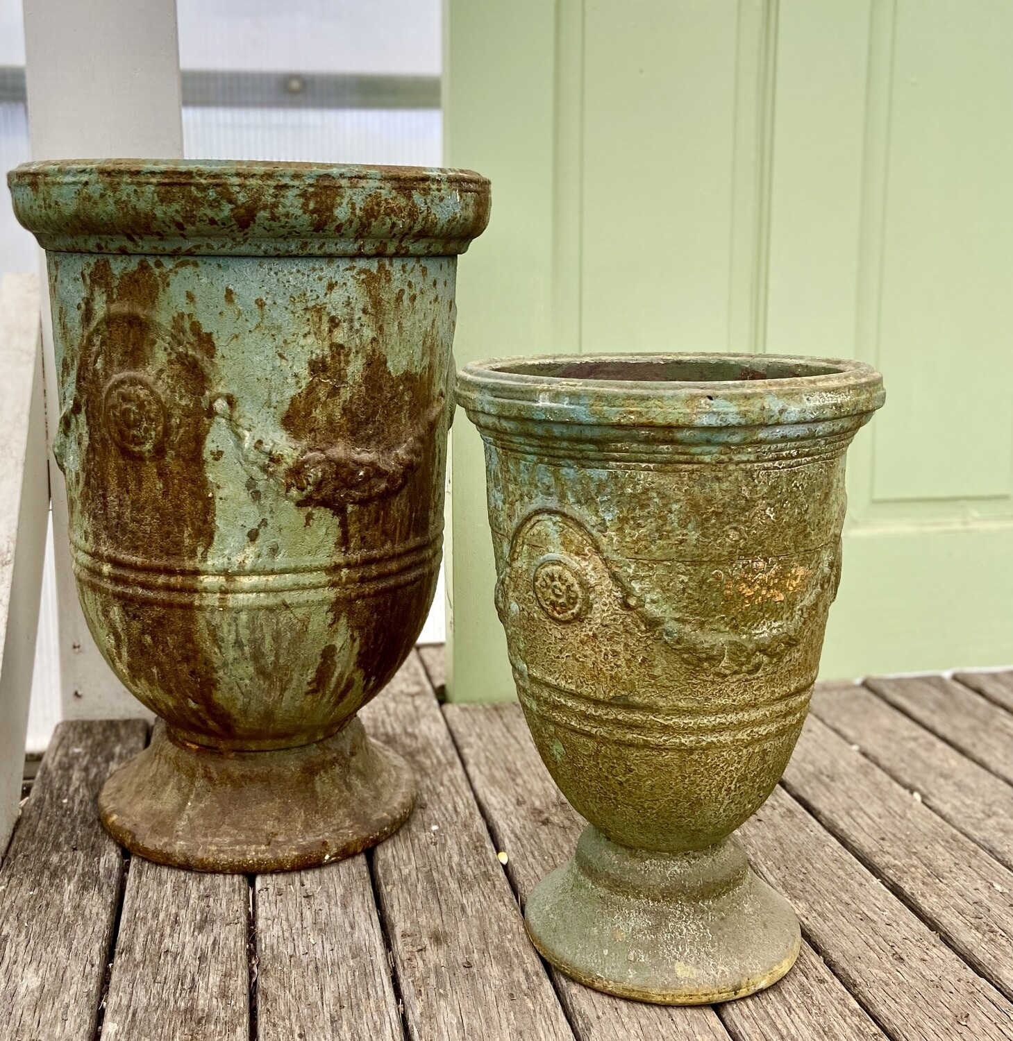 Riviera Metal Pot