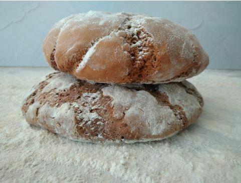 100% Rye sourdough loaf