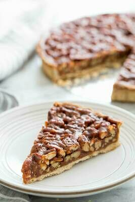 Pecan & walnut tart with with chantilly cream