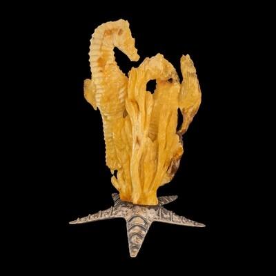 Koniki morskie z bursztynu bałtyckiego