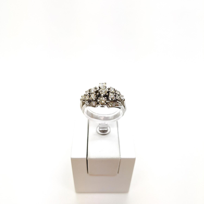 Pierścionek złoty zaręczynowy z diamentami