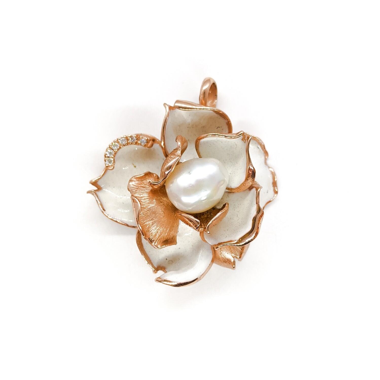 Pendant with pearl & zircons
