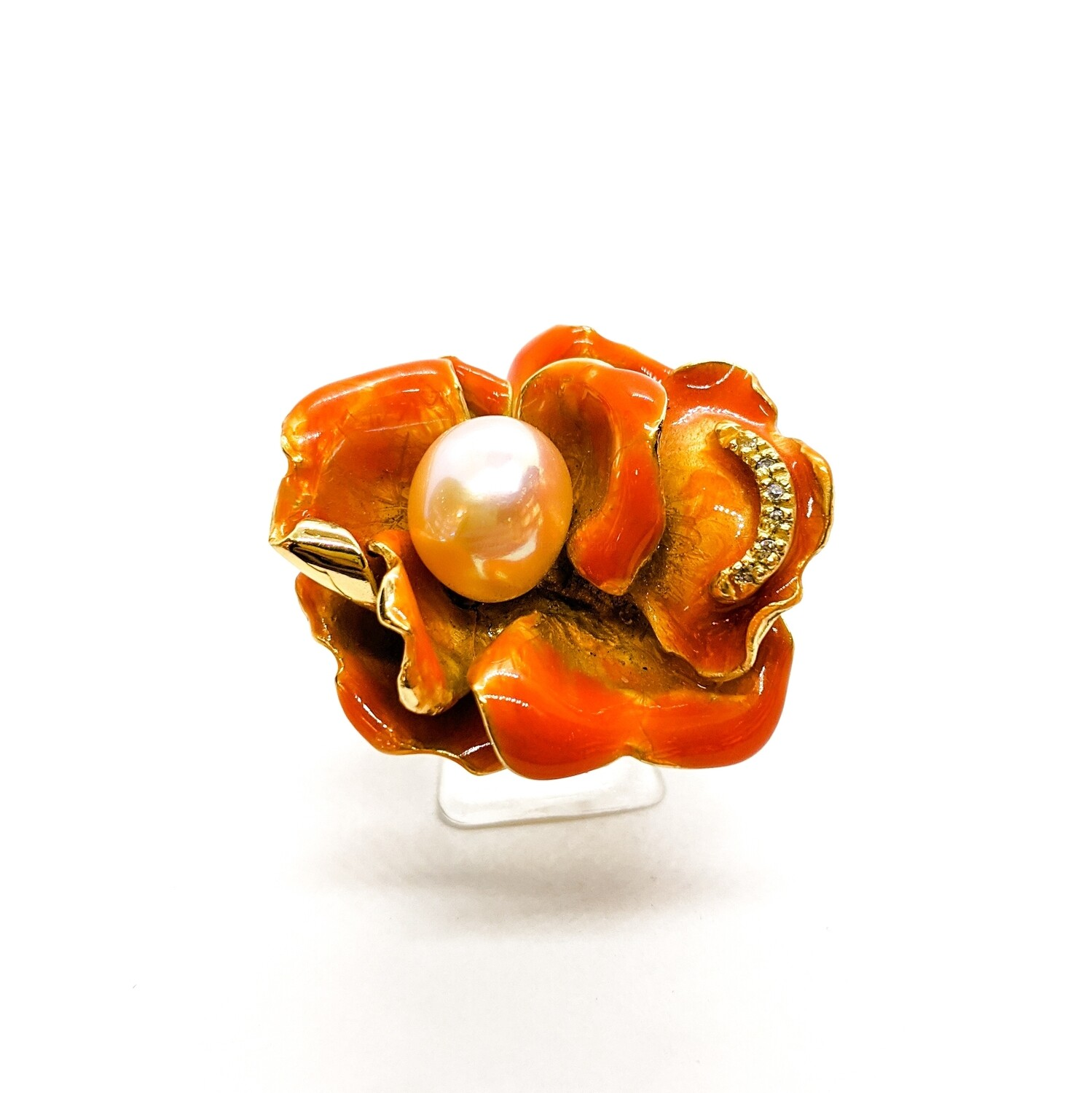 Ring with pearl & zircons