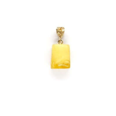 Pendant with Baltic amber