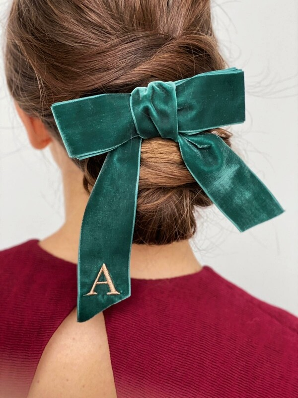 Personalized velvet hair bow BRIGITTE DARK GREEN