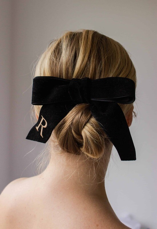 Personalized velvet hair bow BRIGITTE BLACK