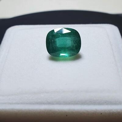 Emerald Cushion cut 7.50 ct