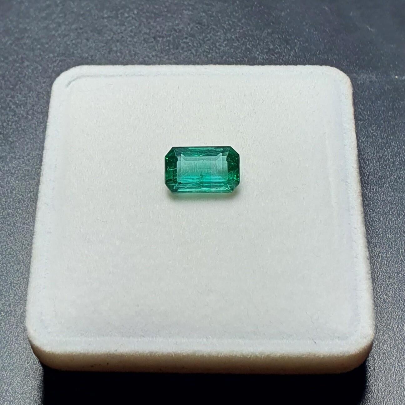 Emerald octagon cut 3.52 ct