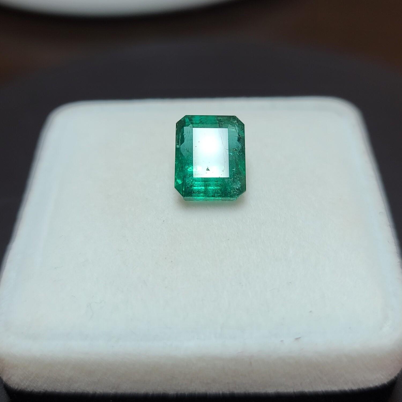 Emerald octagon cut 6.75 ct