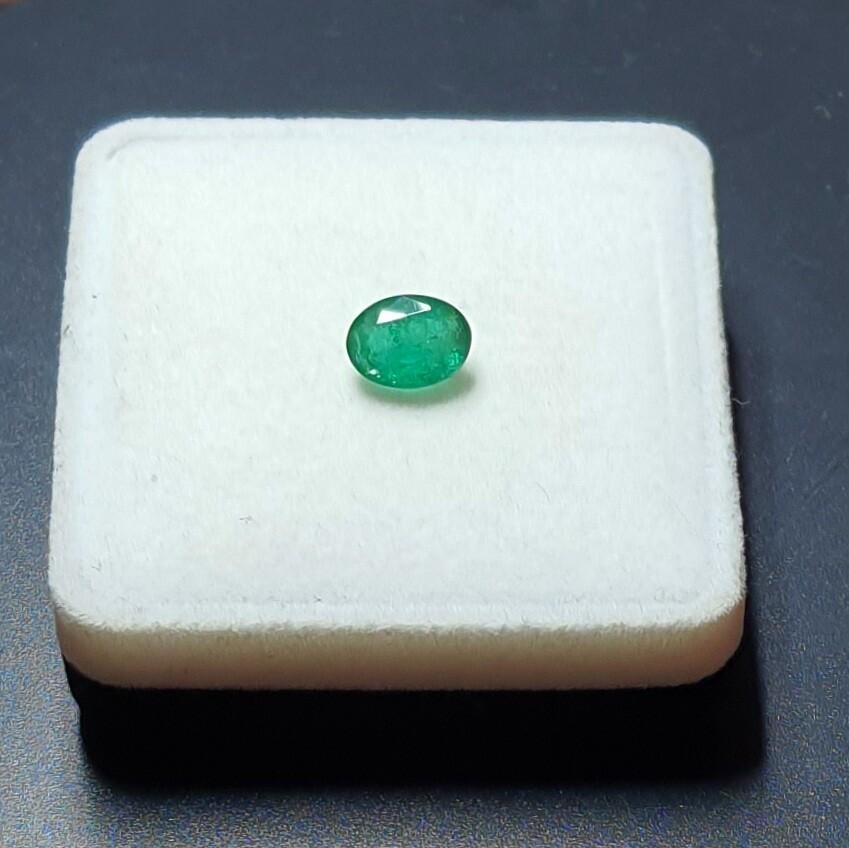 Emerald Oval cut 2.15 ct