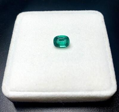 Emerald Cushion cut 1.40 ct