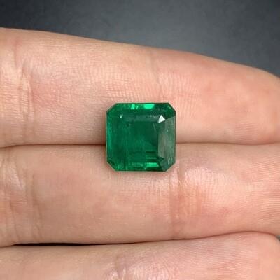 Sq.Emerald cut 5.50 ct