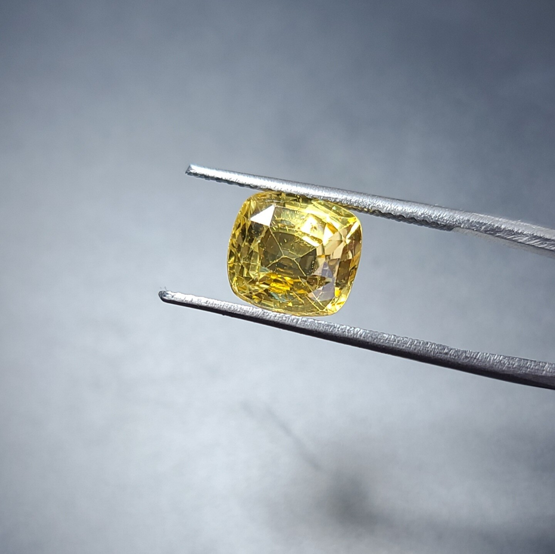 Sapphire Emerald cut 5.15 ct