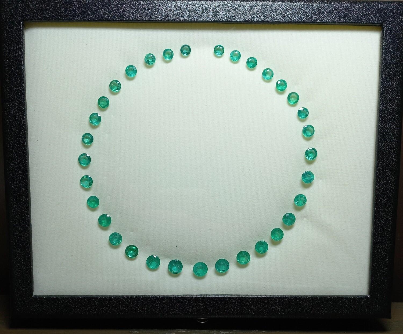 Emeralds Round cut lot 40.48 ct