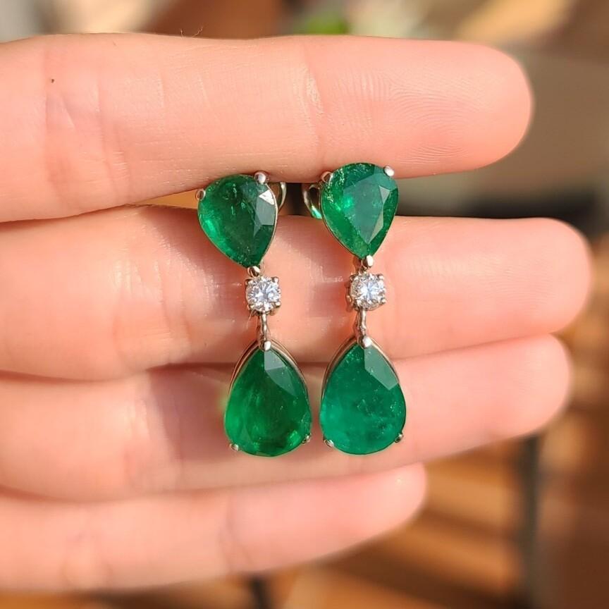 Emerald earrings pear cut 11.10 ct