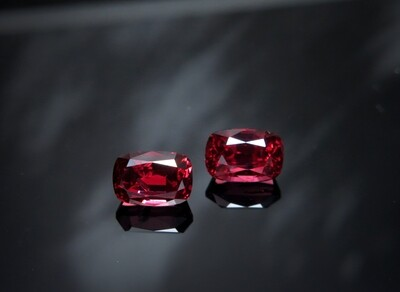 Spinel Cushion cut pair 2.72 ct and 2.58 ct