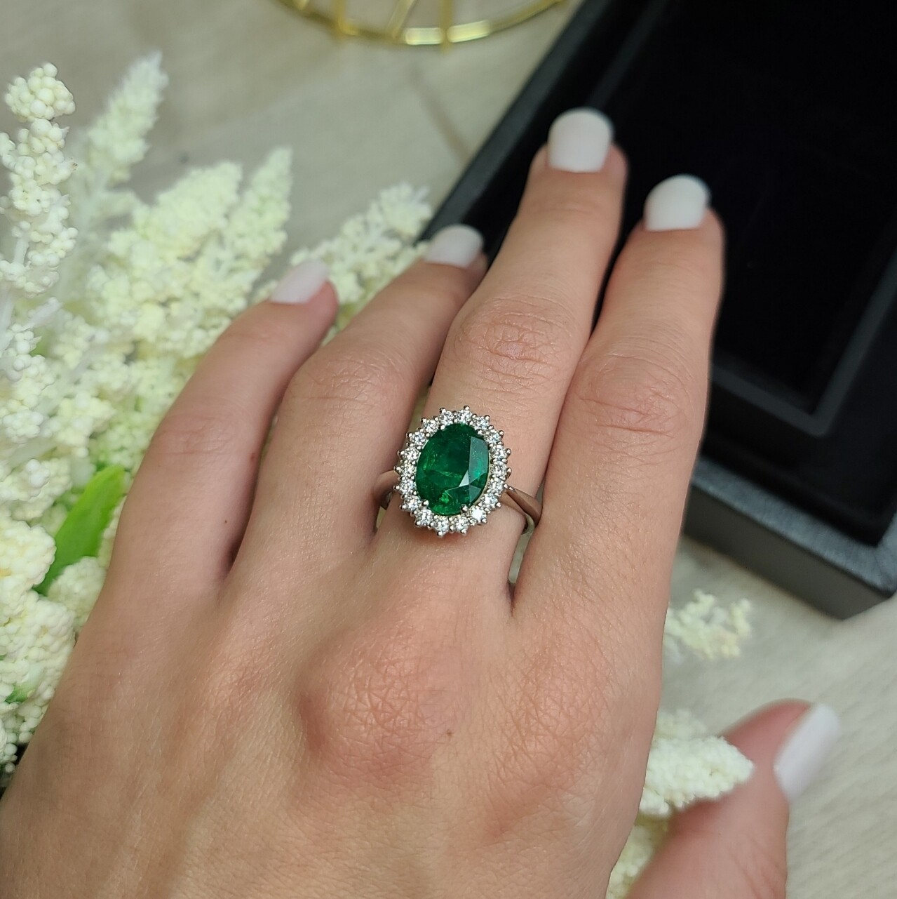 Emerald ring Octagon cut 2.76 ct