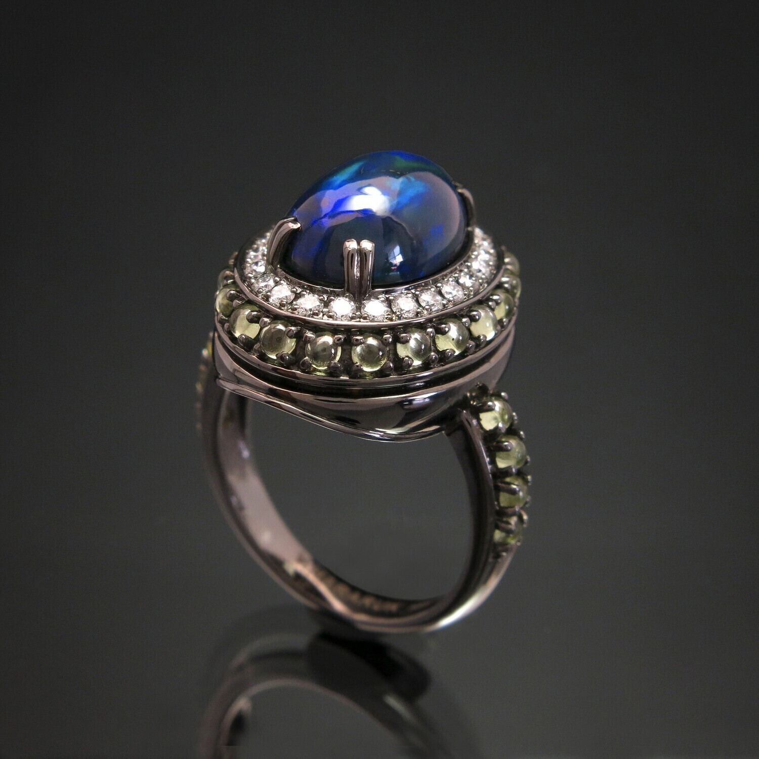 14K Gold Ring with Opals, Diamonds and Chrysolite, VH006