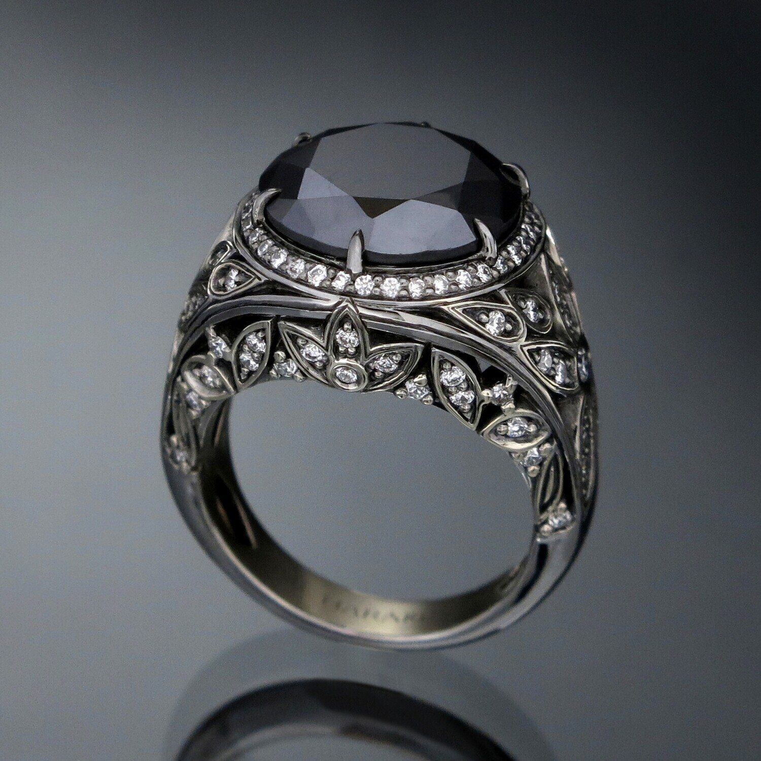 18K Gold Ring with Black and White Diamonds, BD001R