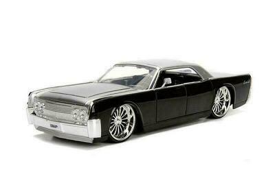 Lincoln Continental Hard Top (1963, 1/24 scale diecast model (Slvr/Blk)