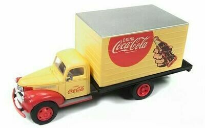 Classic Metal Works 1941-46 Chevrolet Box Truck (Coca-Cola) 1:87 HO Scale