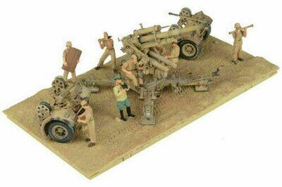 Forces of Valor 1/32 88mm FlaK 18 w/8 Figures German Army DAK